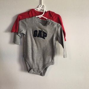 2 onesie tops 6 month